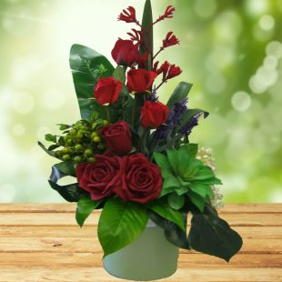 Artificial Flowert-Beautiful Red Arrangement for gifting or decoration