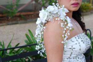 Bridal shoulder corsage-white