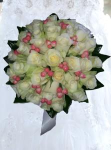 Cream_Round_Bouquet
