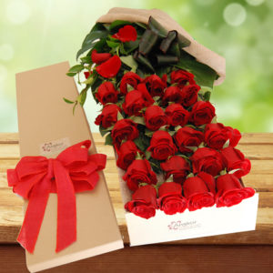 Exotic Rose Gift Box Red - 24 Long Stems