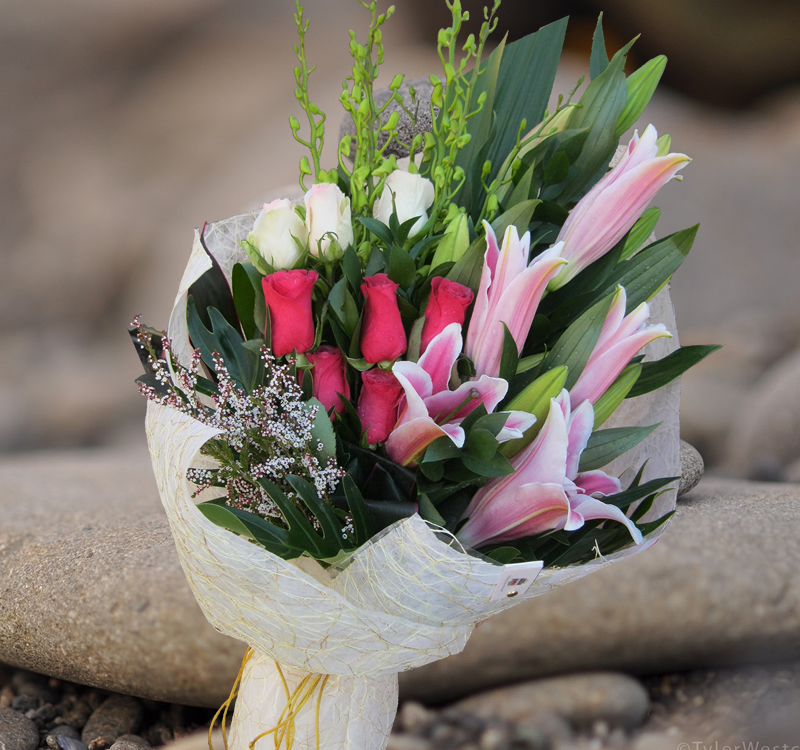 Gorgeous Bouquet- B40 - Angkor Flowers