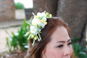 Hairwear-whiteand yellow