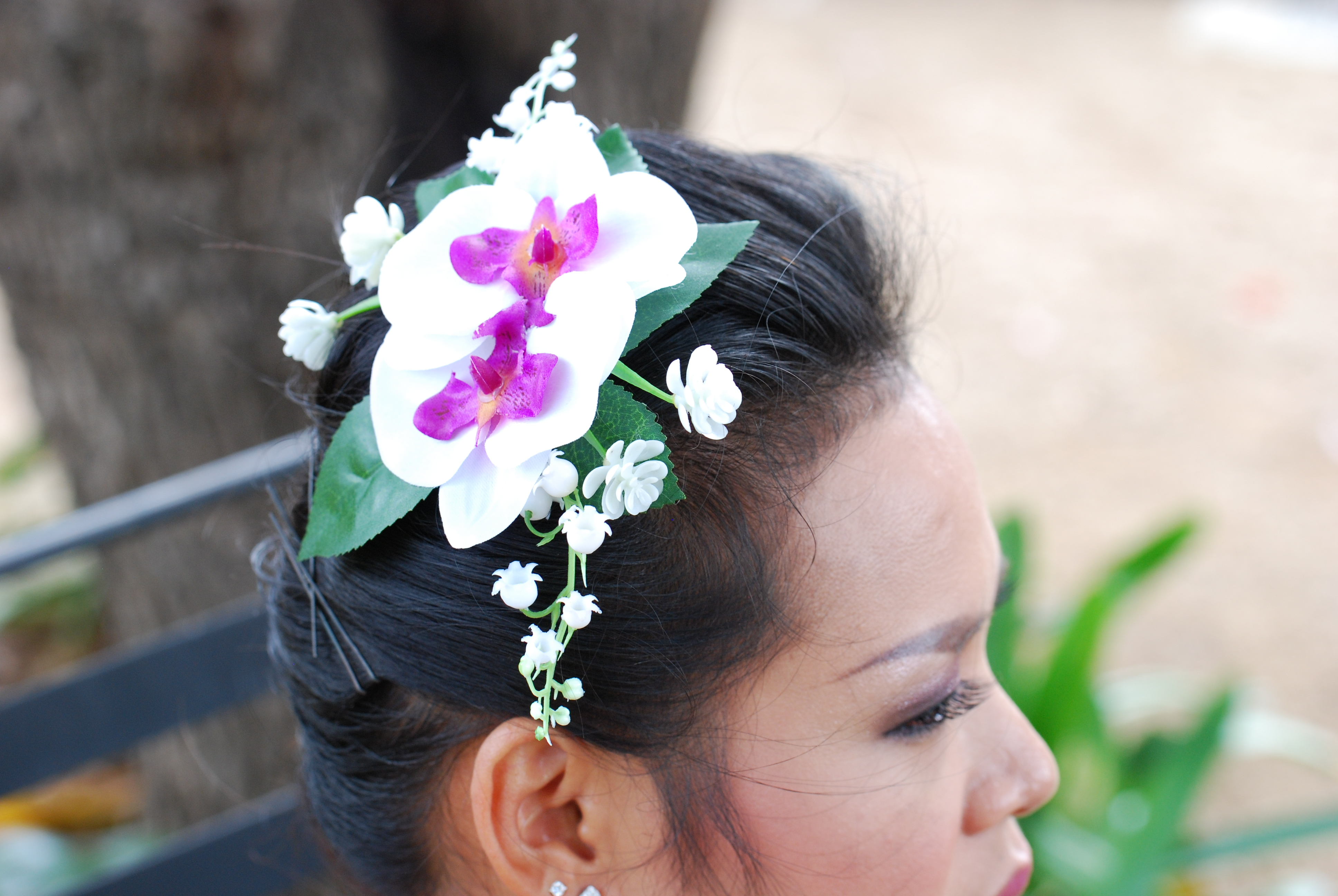 Wedding Gift Delivery Sydney : AccessoriesAngkor Flowers