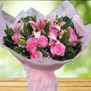 Wonderful Bouquet- Pink Roses