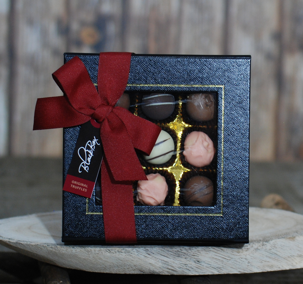 Chocolate Box – Black Box- Alcohol Flavor – Small – 9pcs