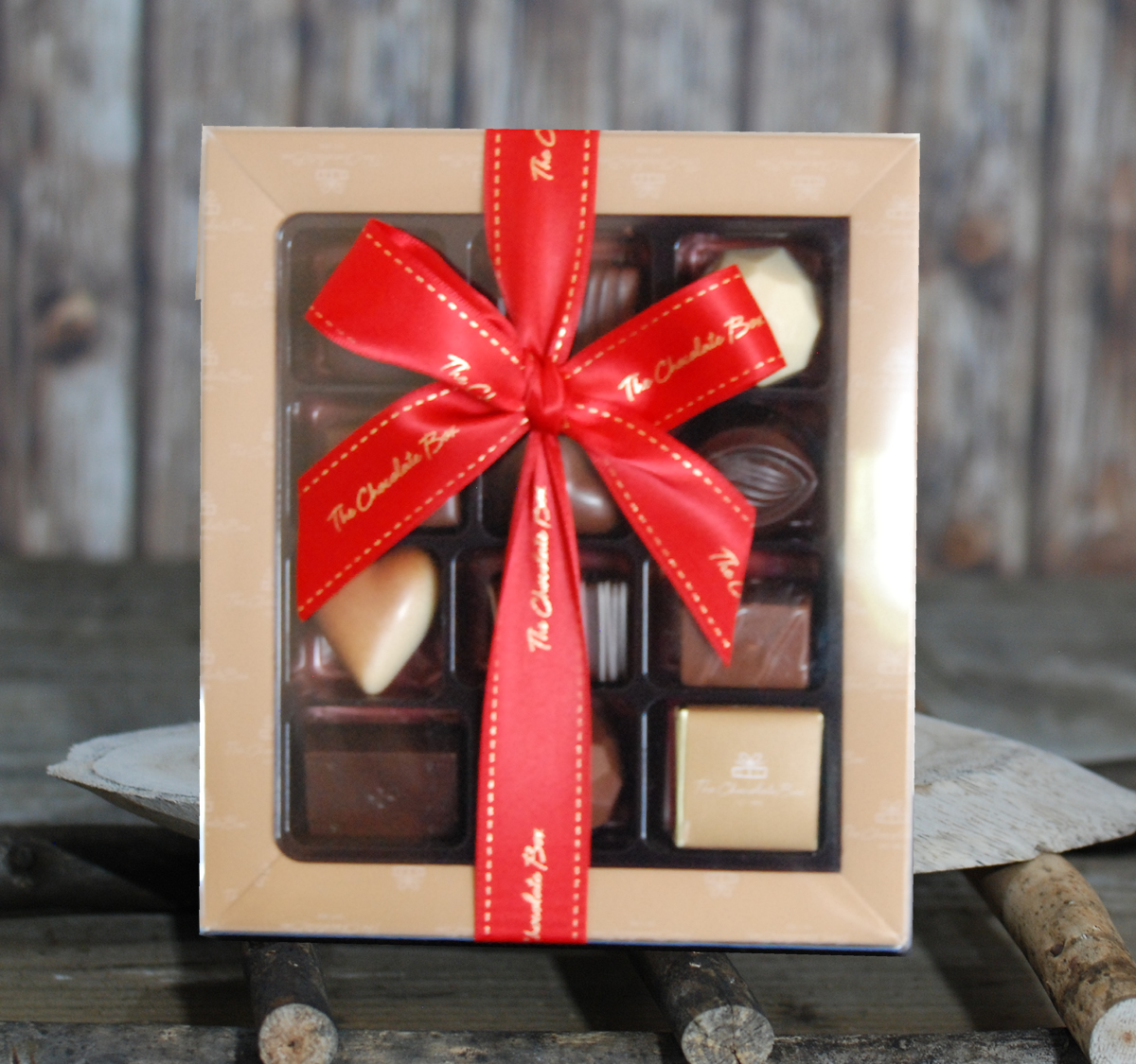 Chocolate Box-Classic Assorted-small-180g