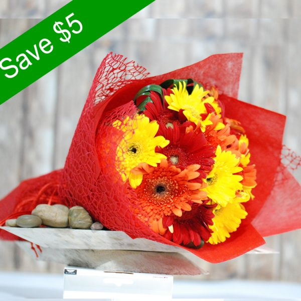 Shiny- Gerbra Round Bouquet