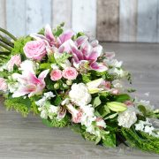 Funeral Flowers Sheaf – thoughtful in pink2