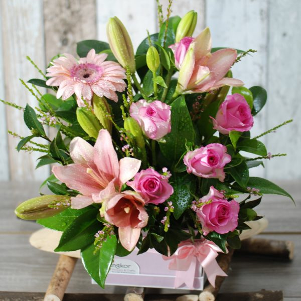 Pleasant Pink Arrangement in Hatbox