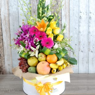 Gift Hamper- luxury Hatbox, Flowers, Fruit