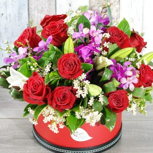 Charming  Red and purple-Hatbox arrangement